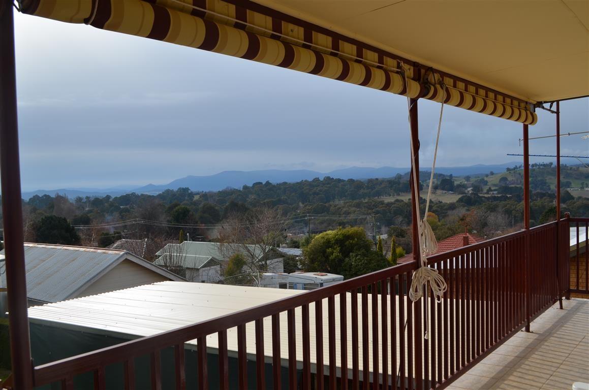 6 Mountain Avenue, Batlow NSW 2730, Image 17