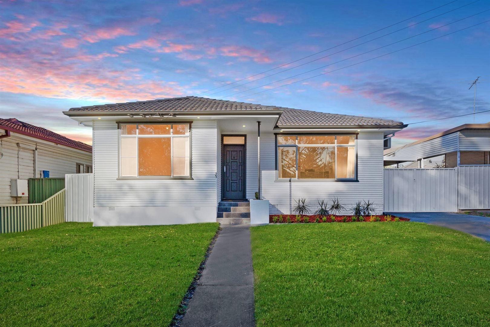 35 Johnson Avenue, Seven Hills NSW 2147, Image 0