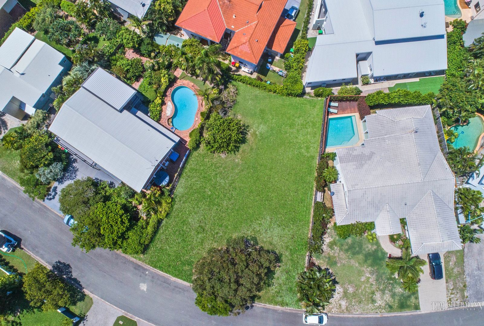 16 Woodlark Rise, Sunrise Beach QLD 4567, Image 2