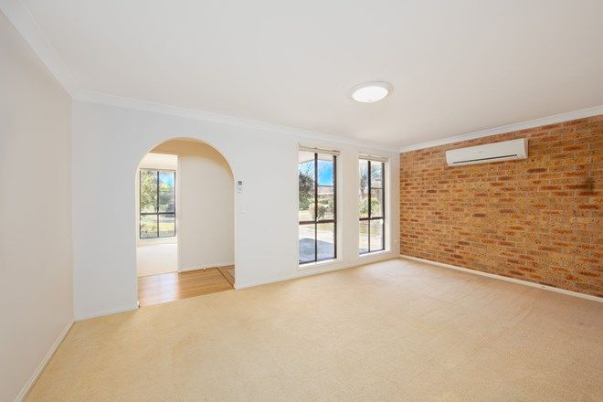 Picture of 8 Toona Place, YAMBA NSW 2464