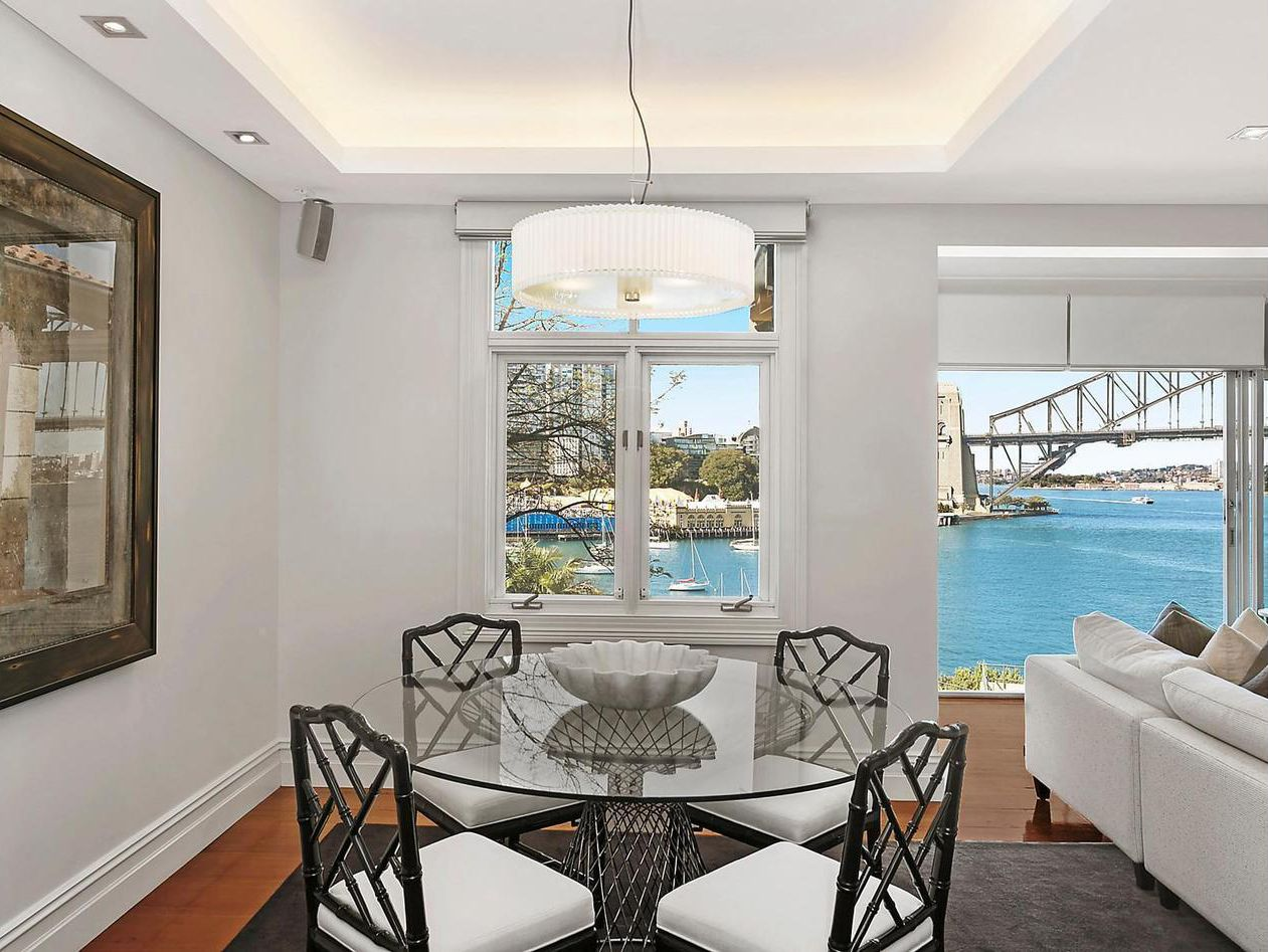 15 East Crescent Street, Mcmahons Point NSW 2060, Image 2