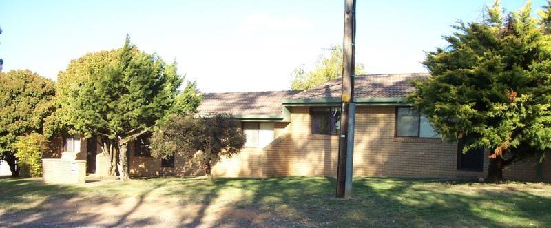 3/32 Bundara Cres, Tumut NSW 2720, Image 0