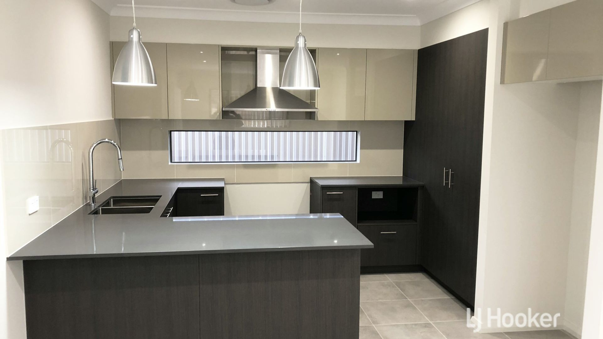 64 Bryant Avenue, Middleton Grange NSW 2171, Image 1