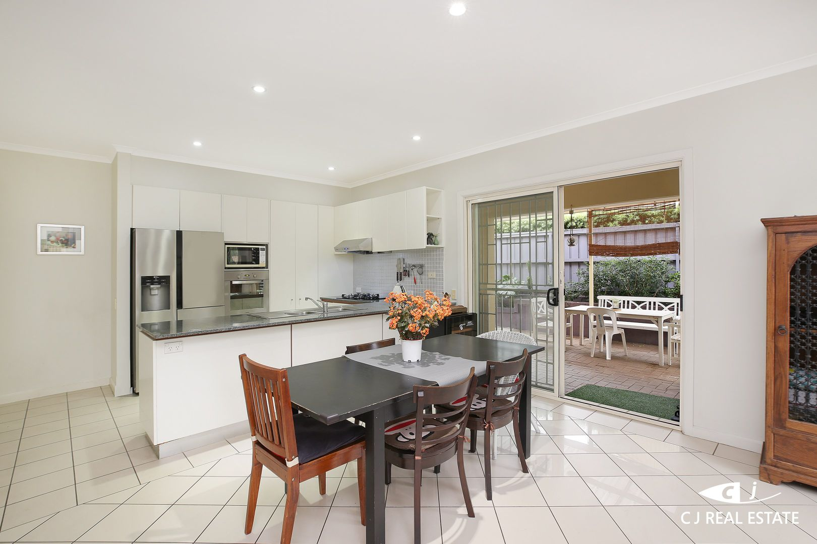 8 Elvstrom Ave, Newington NSW 2127, Image 2