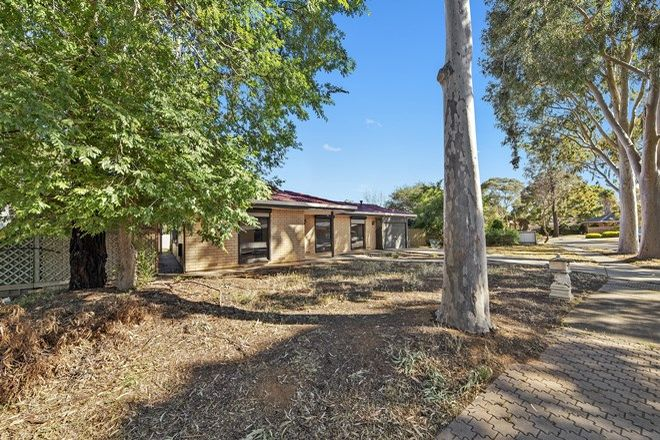 Picture of 2 Sherwood Crescent, PARALOWIE SA 5108