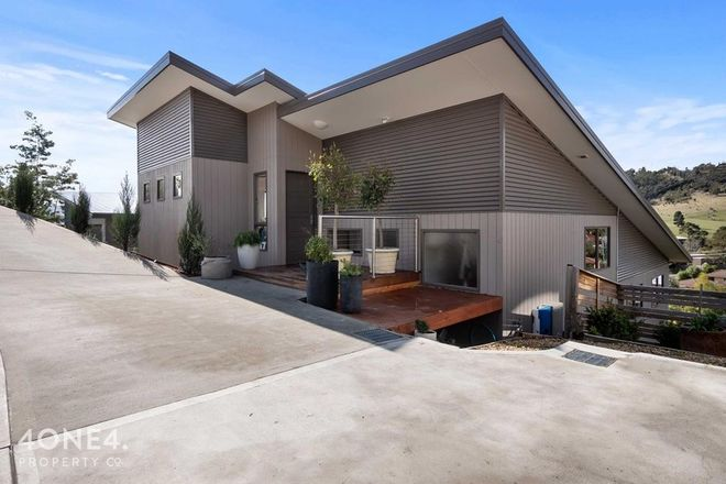 Picture of 17 Lowrie Place, GLENORCHY TAS 7010