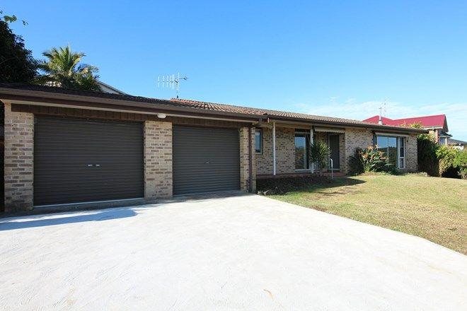 Picture of 26 Hope Street, HALLIDAYS POINT NSW 2430