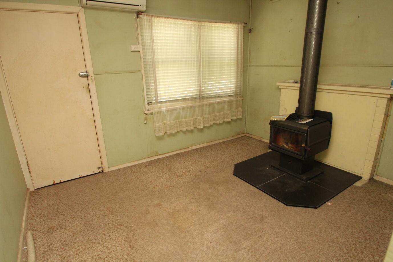 54 Pelham Street, Tenterfield NSW 2372, Image 1