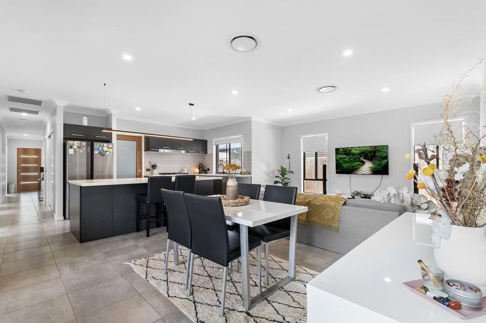 43 Wyampa Road, Bald Hills QLD 4036, Image 2