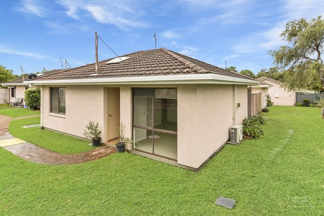 Picture of 61/96 Beerburrum Street, BATTERY HILL QLD 4551