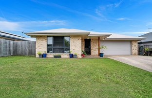 Picture of 15 Parklane Crescent, Beaconsfield QLD 4740