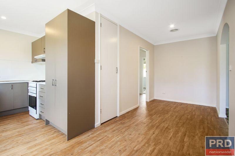 3/400 Schubach Street, Albury NSW 2640, Image 2