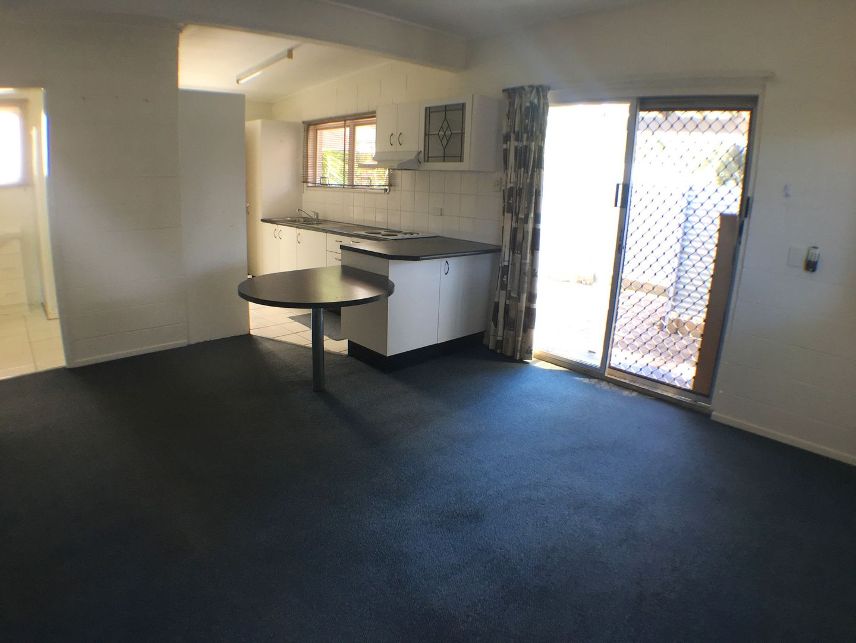 1/5 Ulmarra Court, Mooloolaba QLD 4557, Image 2