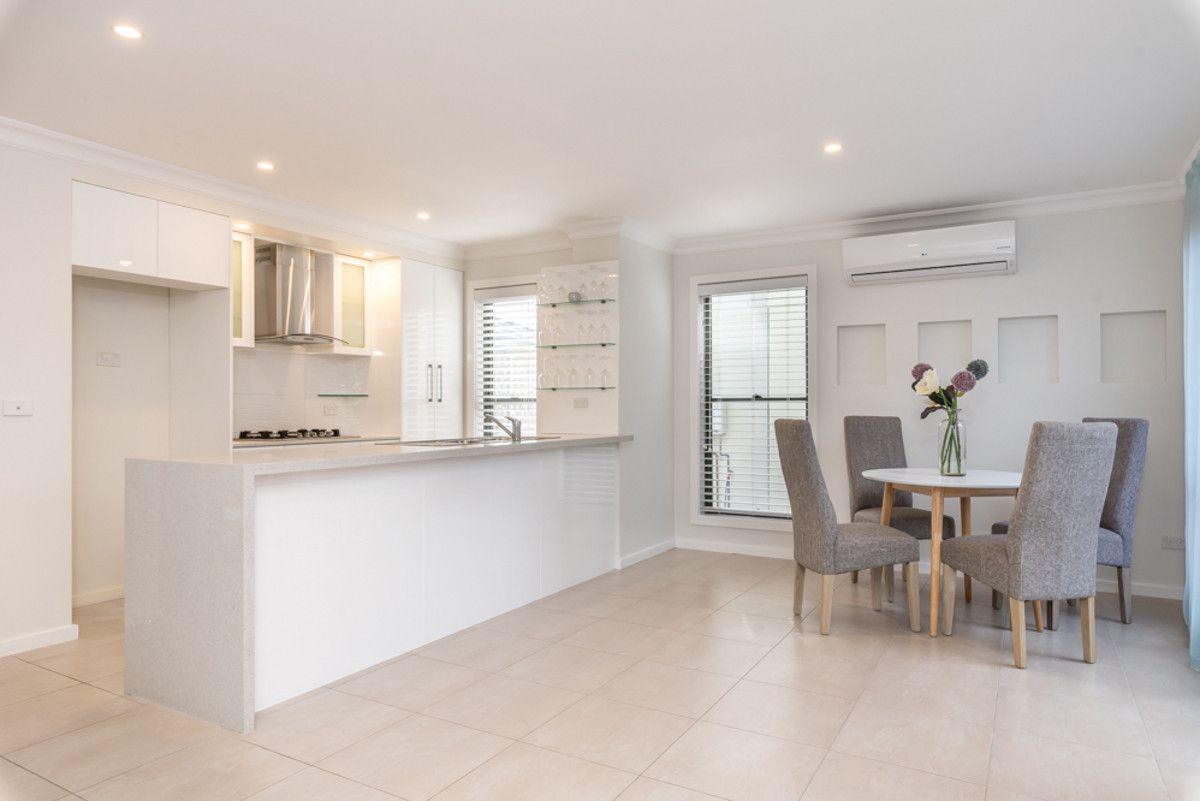 2/7 Koonah Avenue, Blue Bay NSW 2261, Image 1