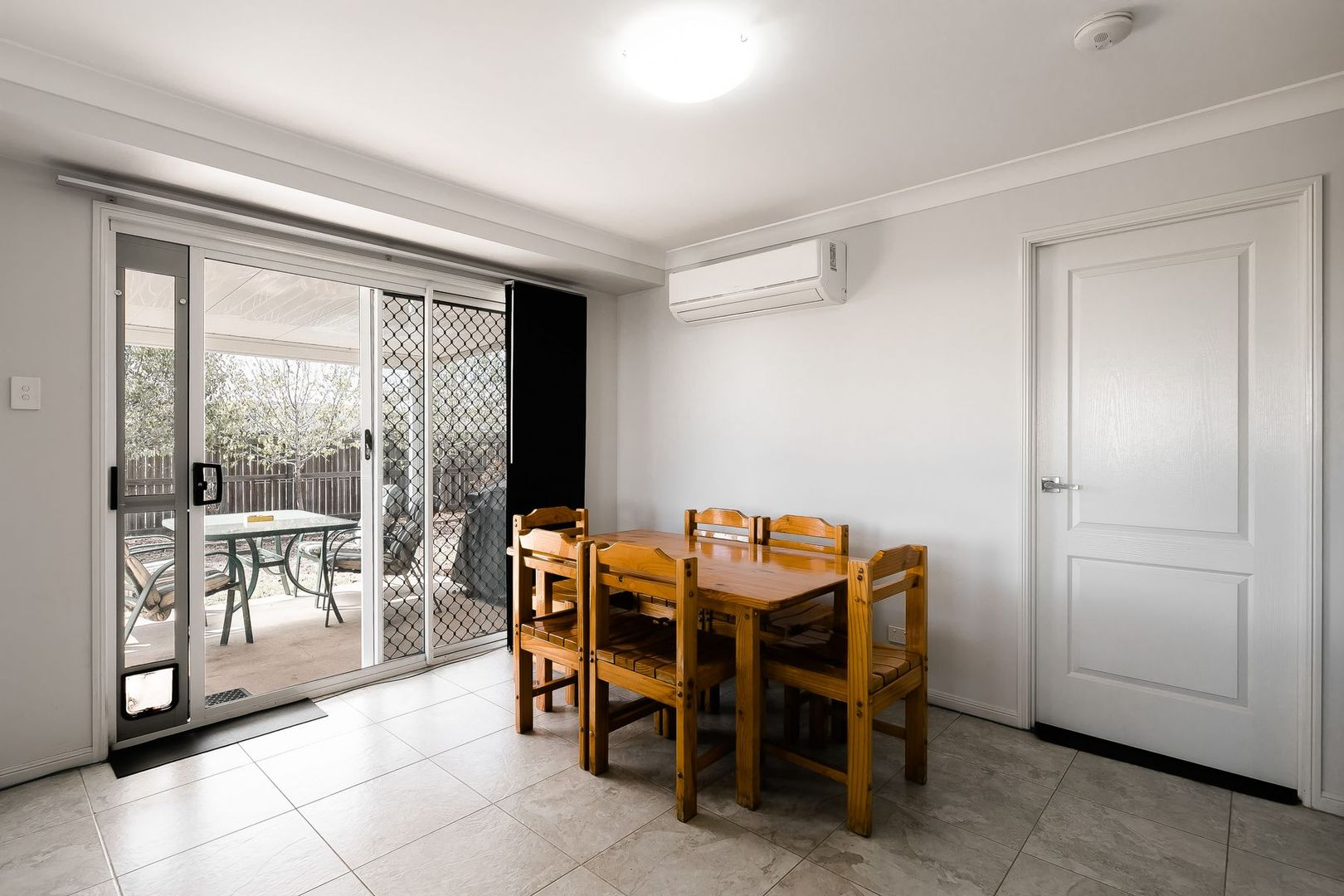 Units 1 & 2/9 Chainey Court, Glenvale QLD 4350, Image 2