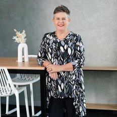 Mandy Doolan, Sales representative