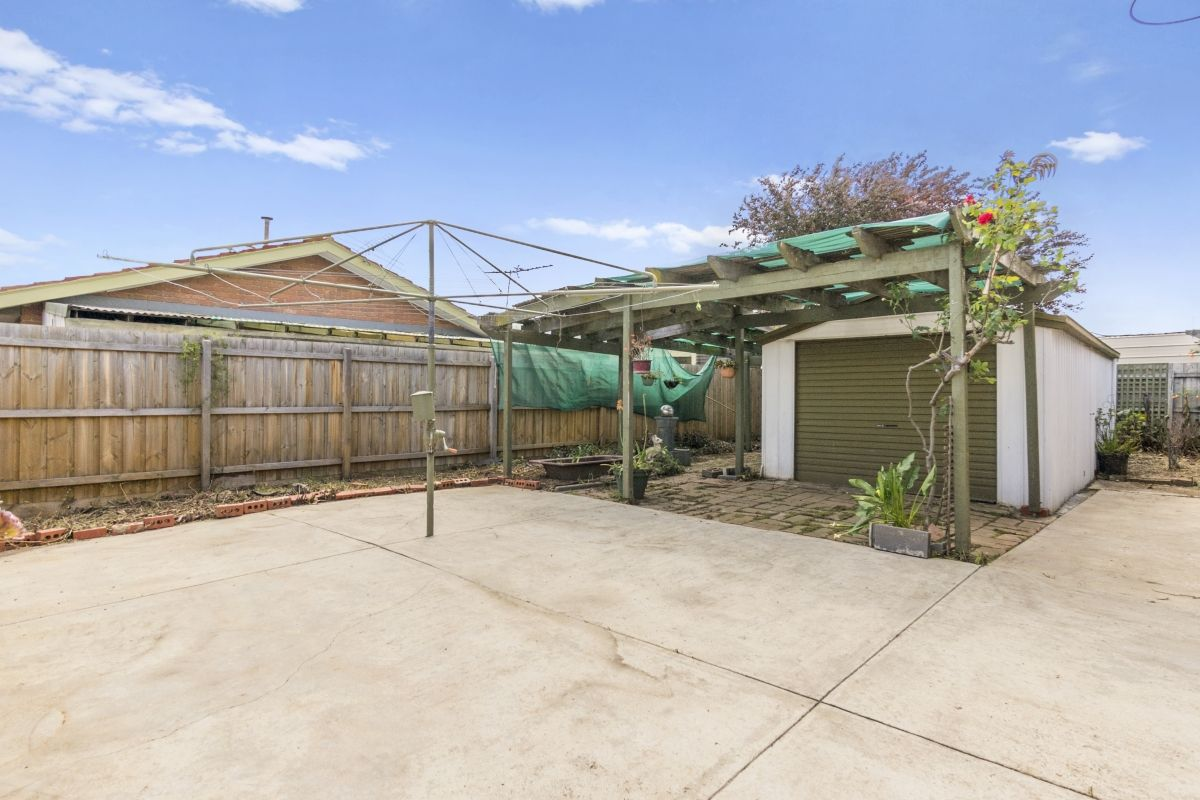41 Mossfiel Drive, Hoppers Crossing VIC 3029, Image 2