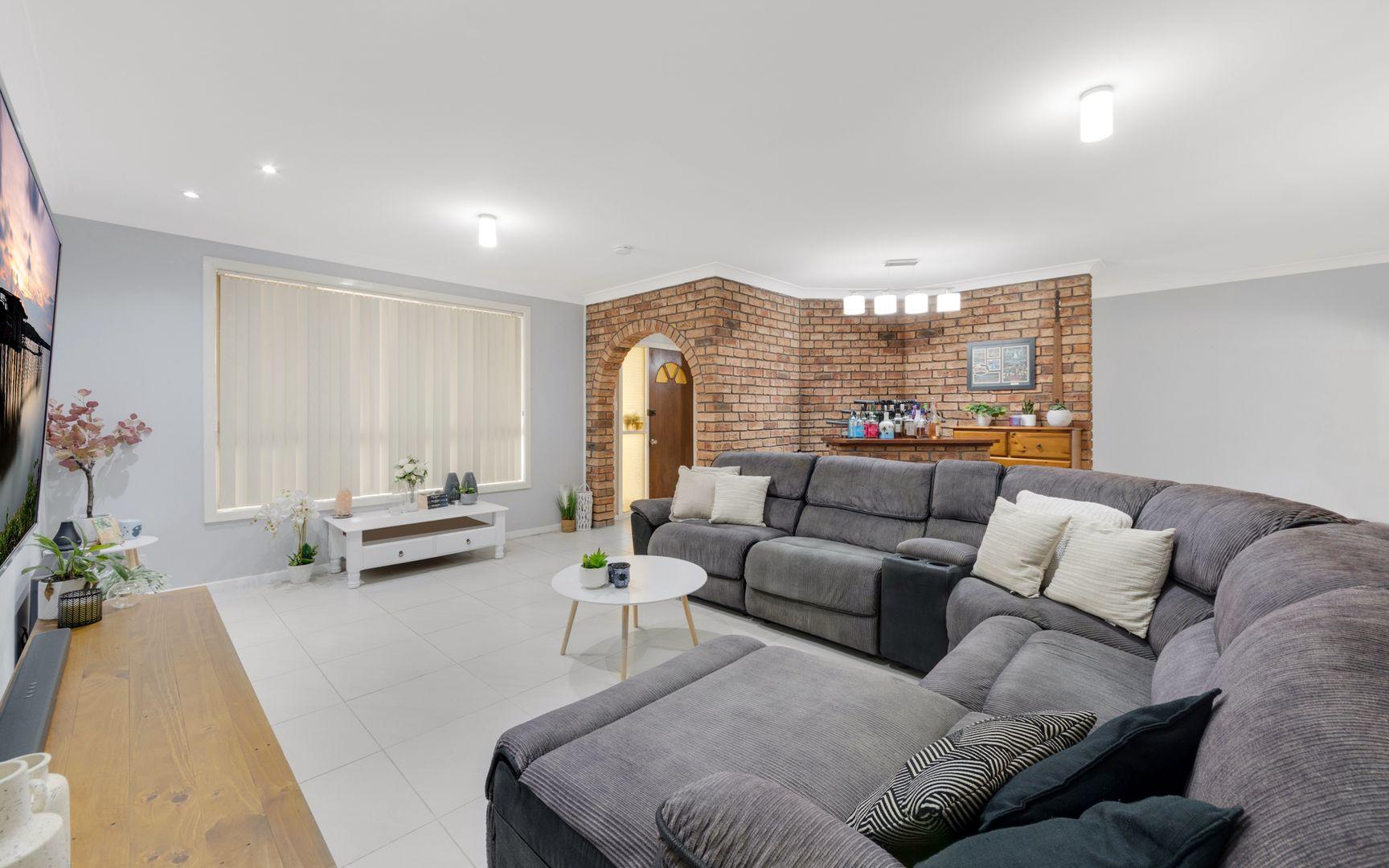 27 Twingleton Avenue, Ambarvale NSW 2560, Image 1