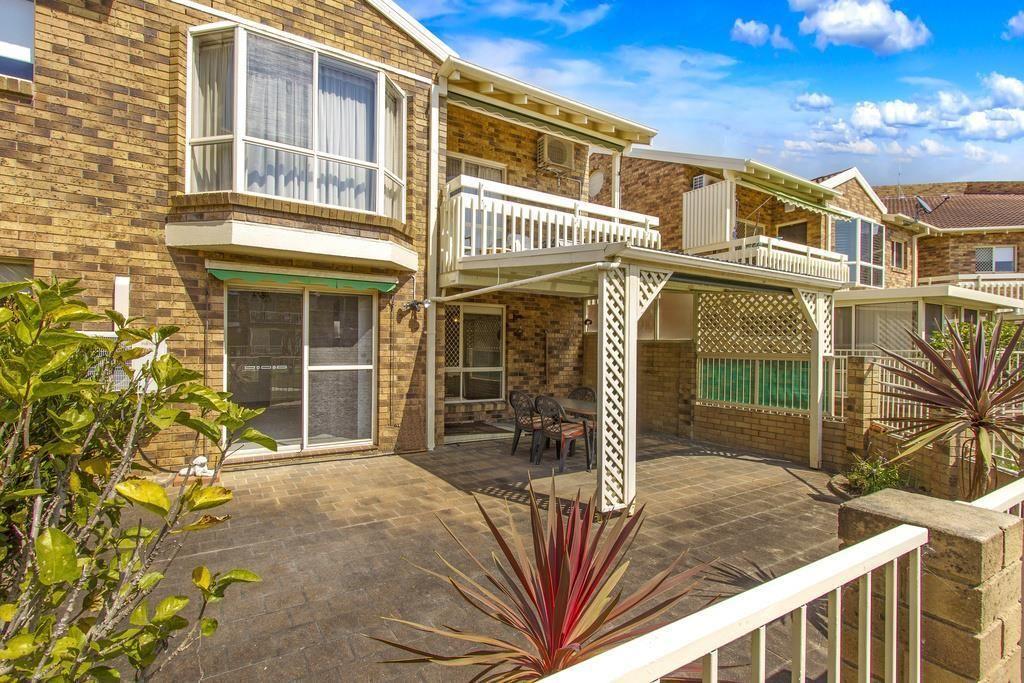 102/15 Lorraine Avenue, Berkeley Vale NSW 2261, Image 1