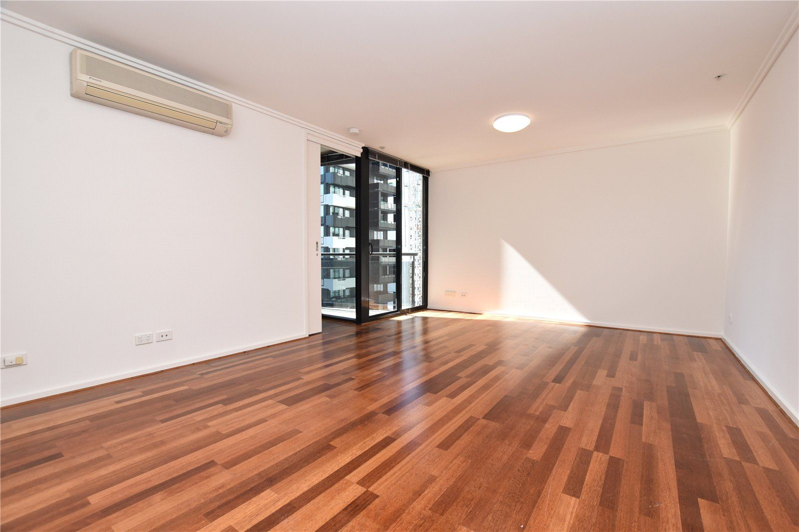 219/22 Kavanagh Street, Southbank VIC 3006, Image 0