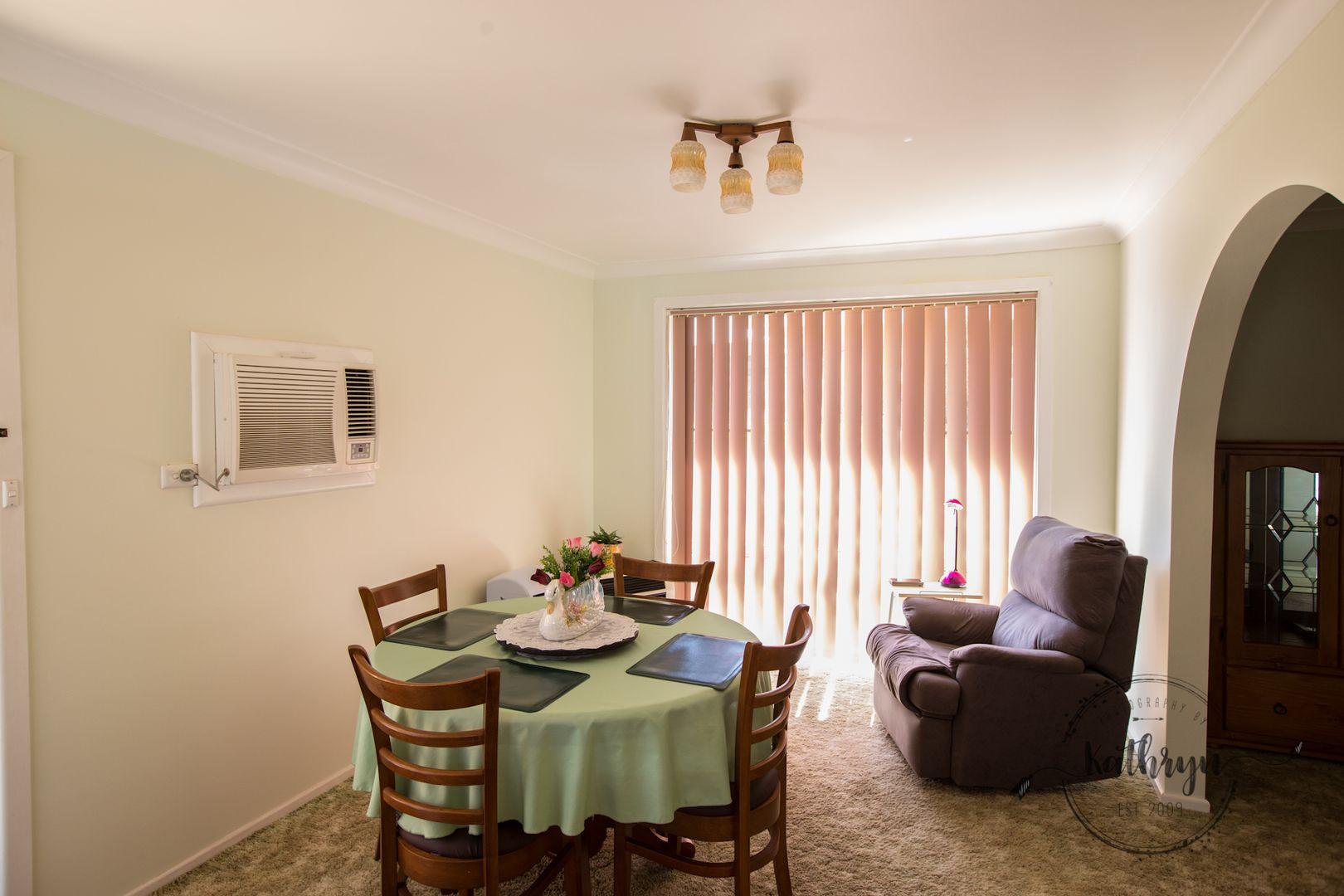 33 Bobs Street, Gilgandra NSW 2827, Image 2