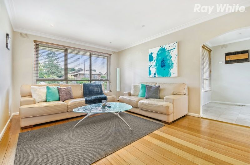 7 Comrie Court, Bayswater VIC 3153, Image 2