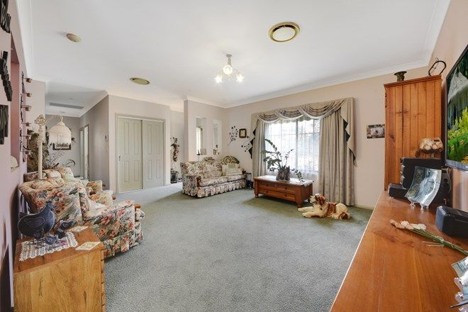 Picture of 3 Delmont Pl, KANAHOOKA NSW 2530
