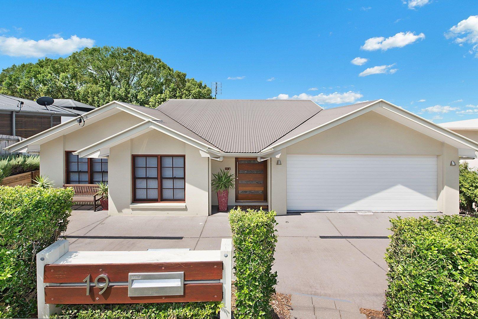 19 Ballinger Road, Buderim QLD 4556, Image 1