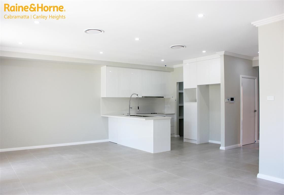 2 LOMBARD ST, Fairfield NSW 2165, Image 1