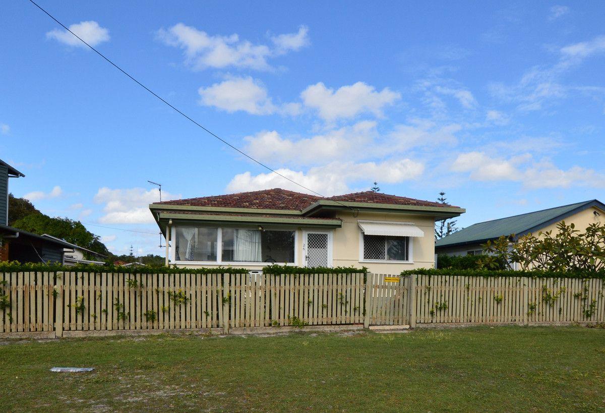 26 Beach Street, Yamba NSW 2464, Image 2