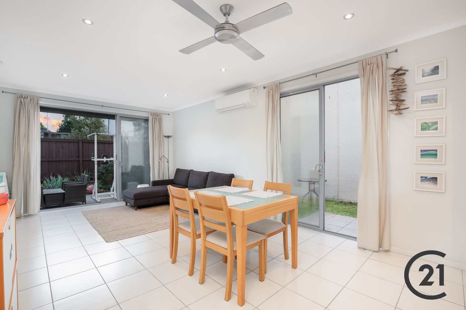 34 Caddies Boulevard, Rouse Hill NSW 2155, Image 2