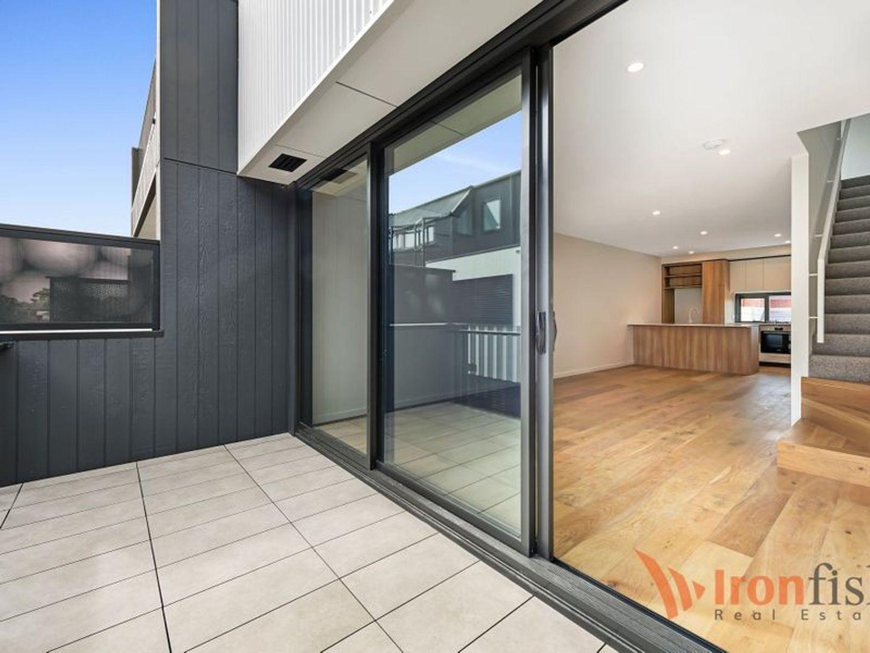 3/5 Adelaide Street, Mckinnon VIC 3204, Image 0