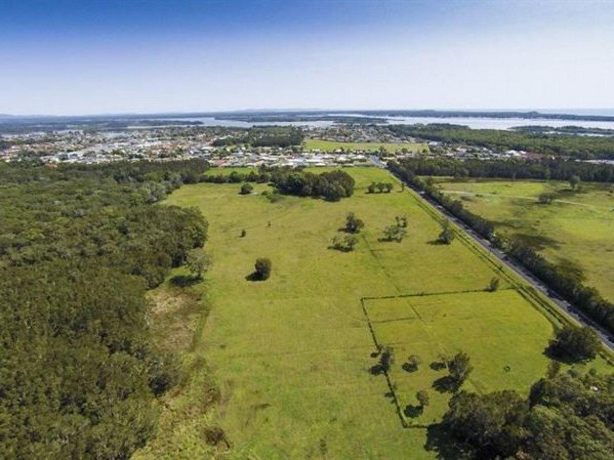 105/-22 Carrs Drive, Yamba NSW 2464, Image 2