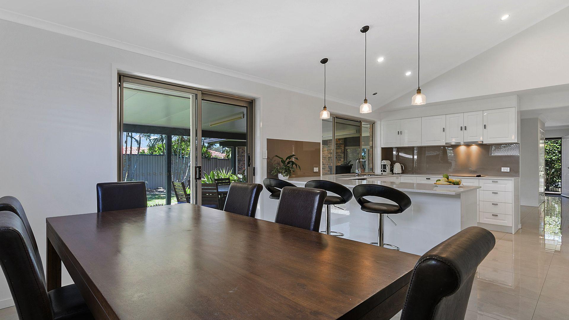 5 Sheringham Place, Tingalpa QLD 4173, Image 2