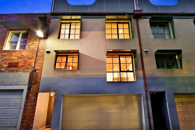 Picture of 9 Kelvin Place, CARLTON VIC 3053