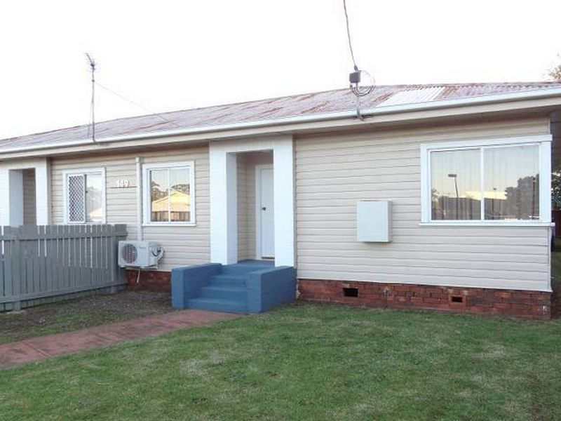 2/149 Anzac Avenue, Harristown QLD 4350, Image 0