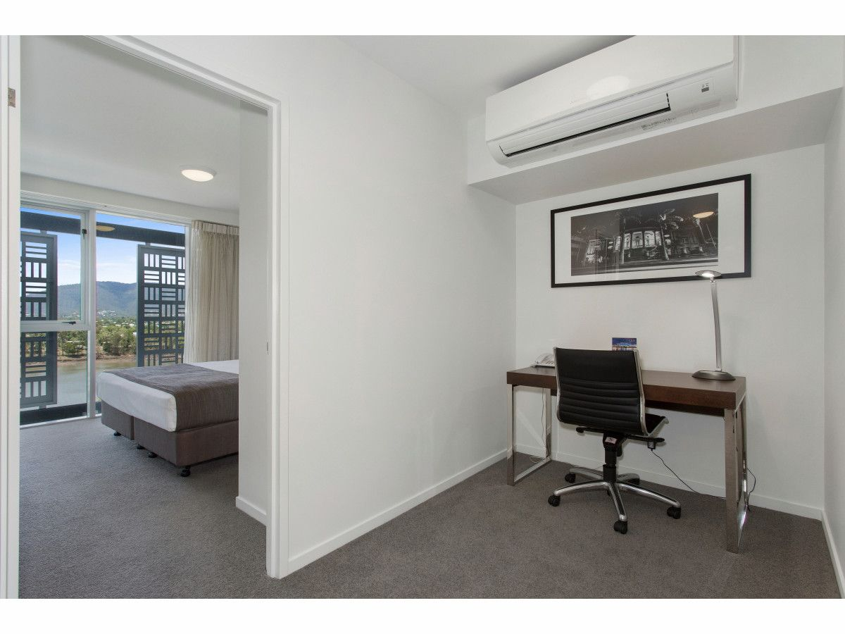 711/1 East Street, Rockhampton City QLD 4700, Image 2