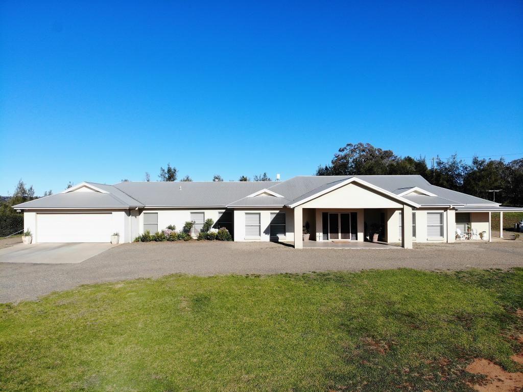 125 Wickham Lane, Young NSW 2594, Image 0