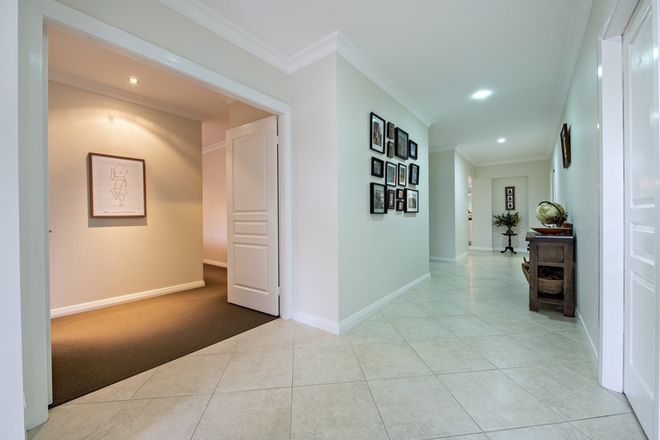 Picture of 29 Regand Park Boulevard, DUBBO NSW 2830