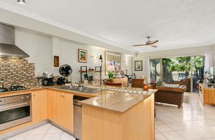 1409/2 Greenslopes Street, Cairns North QLD 4870