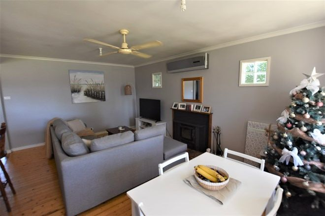 Picture of 294 Old Sale Road, NEWBOROUGH VIC 3825