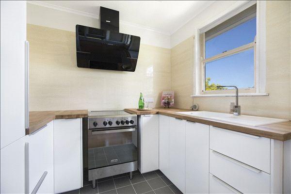 4 Tucker Avenue, Balgownie NSW 2519, Image 0