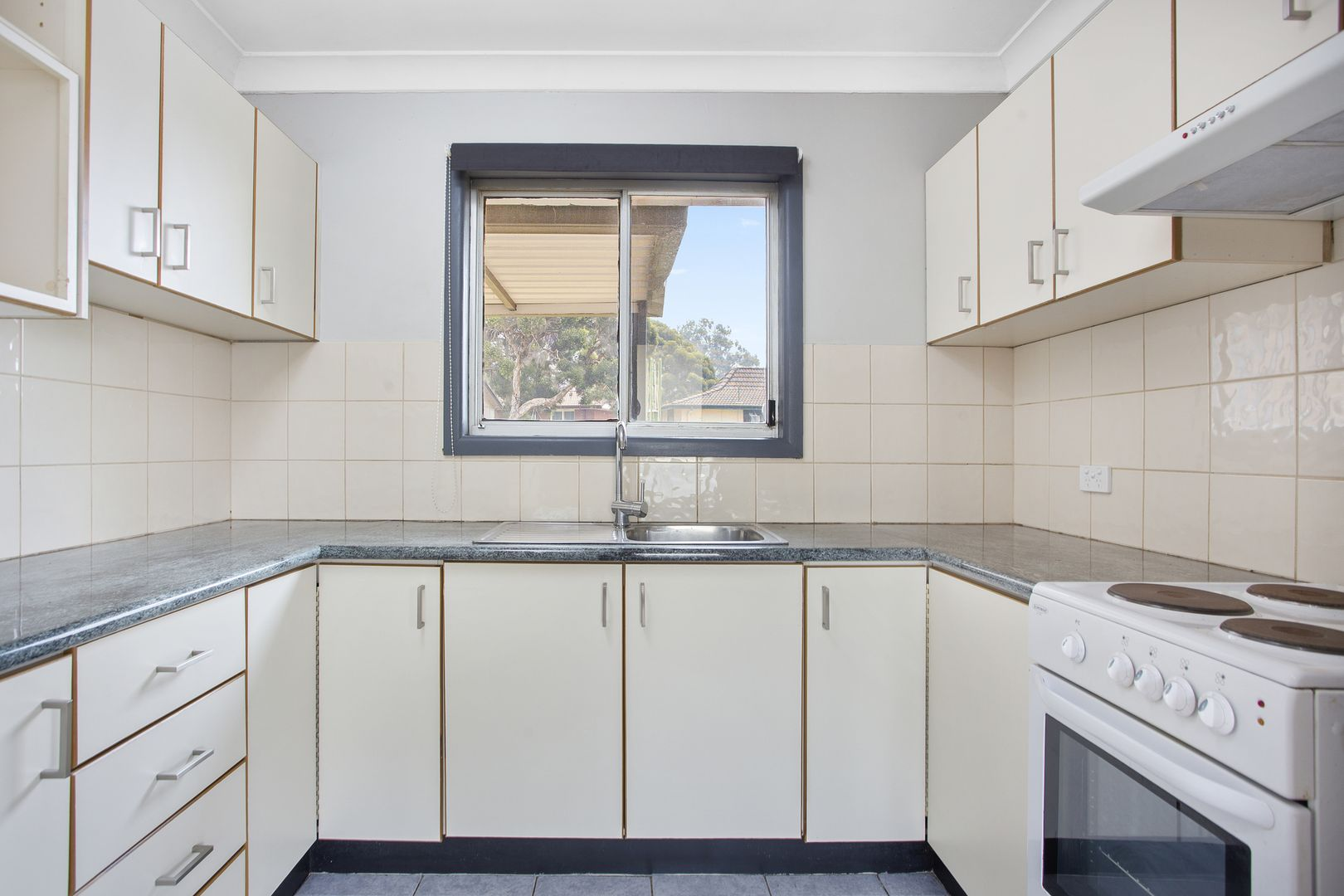 51 Roebuck Crescent, Willmot NSW 2770, Image 2