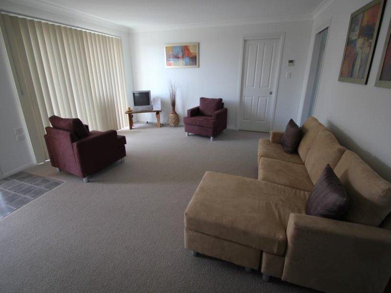 6/65-67 Scott Street, Tenterfield NSW 2372, Image 2