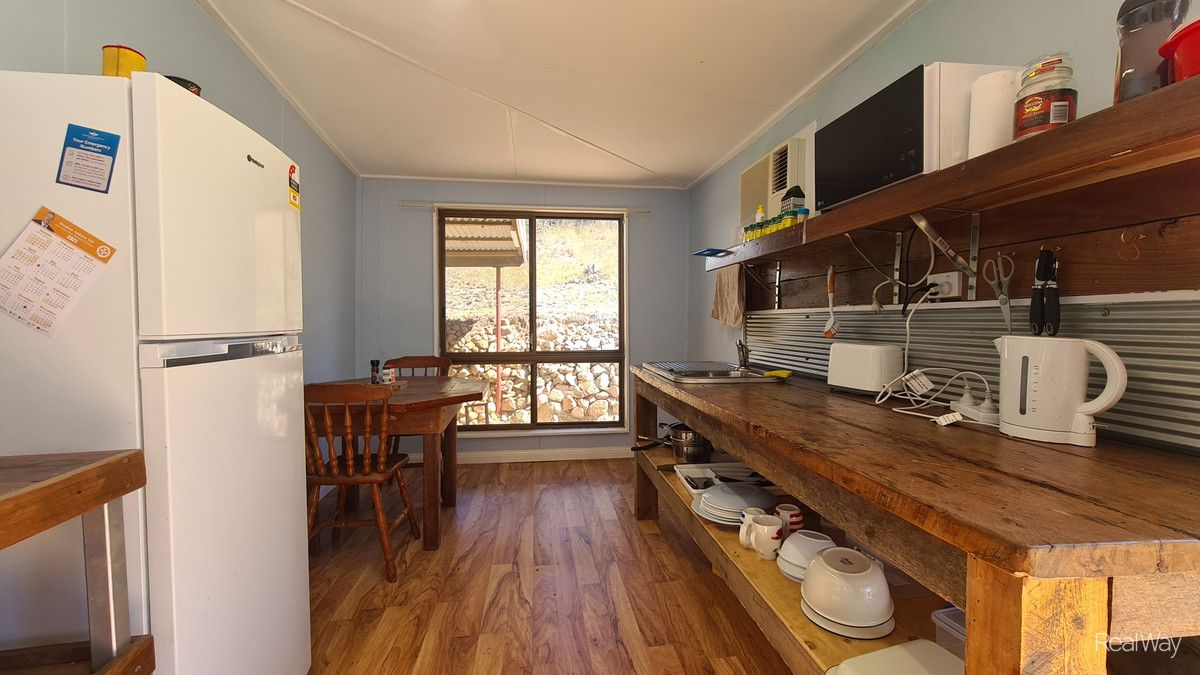 51 Gordon Street, Mount Morgan QLD 4714, Image 2