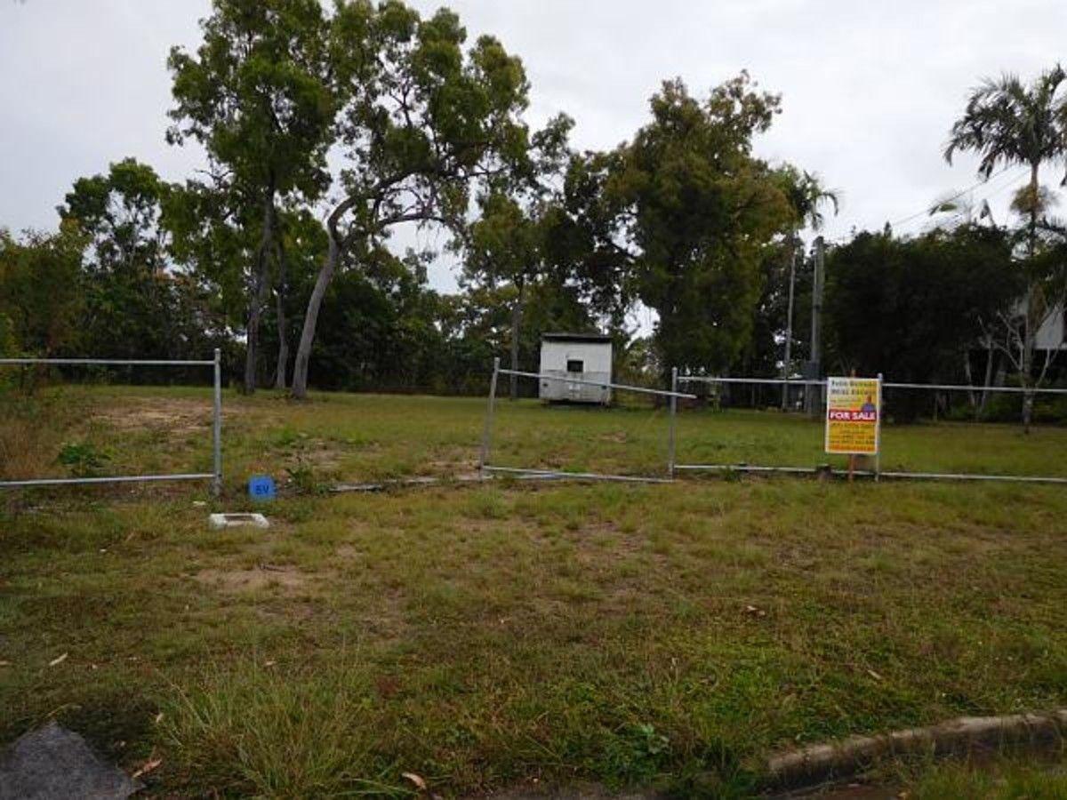 6 Macor Court, Balgal Beach QLD 4816, Image 2