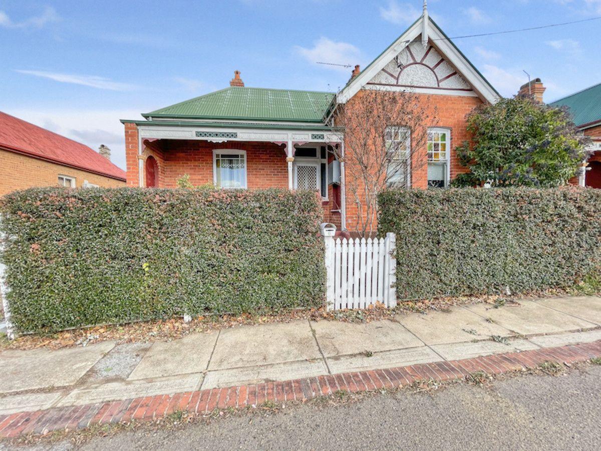 6 Thorne Avenue, Goulburn NSW 2580, Image 0