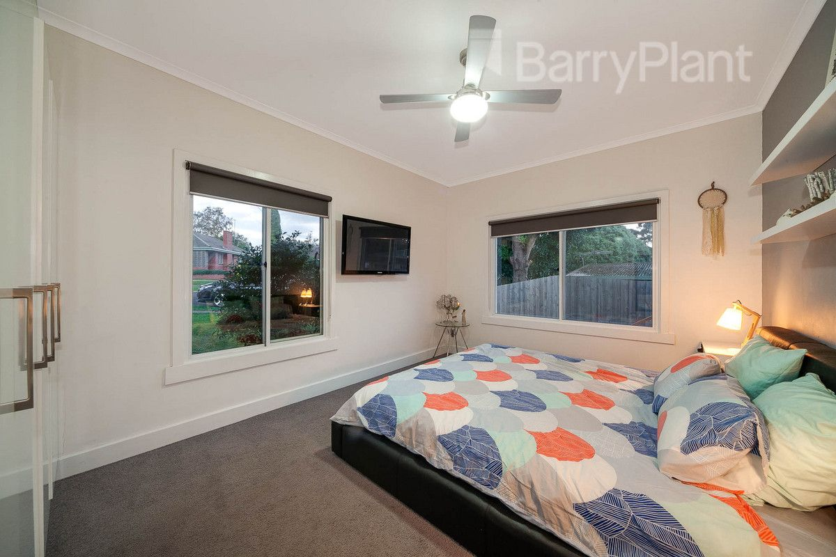 5 Colin Street, Drouin VIC 3818, Image 2