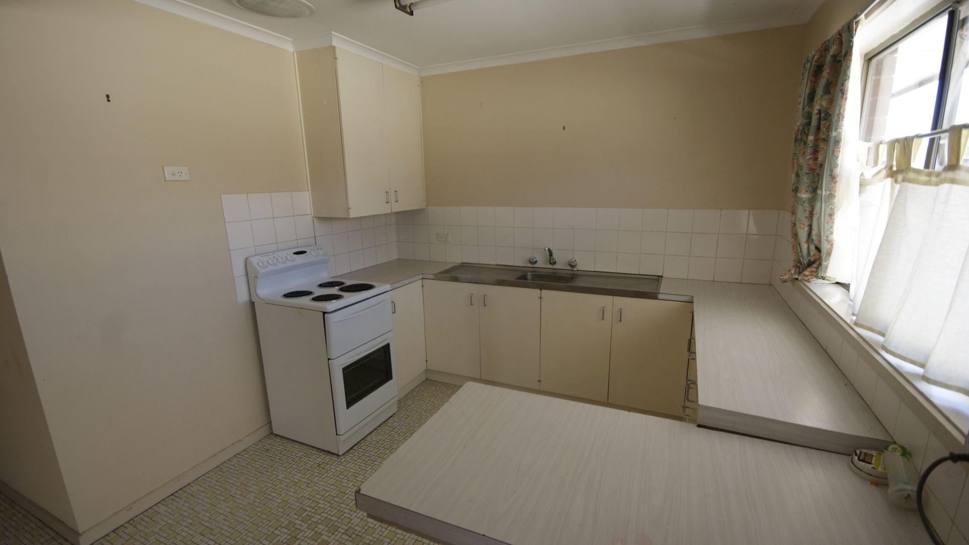 1/249 Victoria Street, Deniliquin NSW 2710, Image 2
