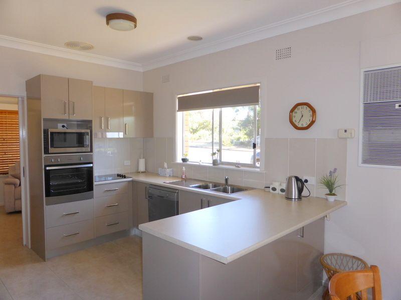 15 Carrington Street, Parkes NSW 2870, Image 1